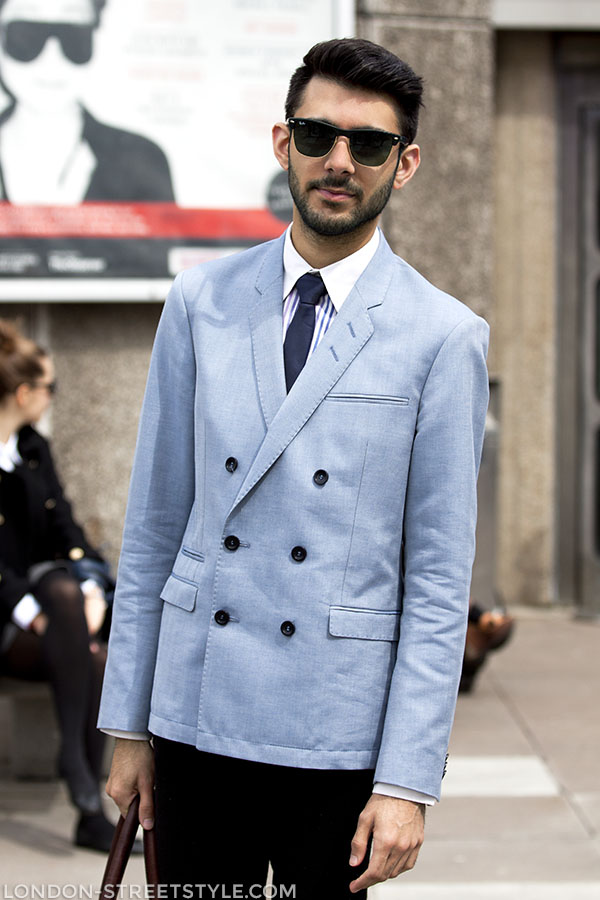 Vogue Festival 2013, fashion, street style,london streetstyle,fashion photography, fashionable, fashionista, street fashion, men's fashion, mensfashion, menswear, style, mens bag, brown bag, blazer, blue blazer, Mr. Poppins,men's loafers, brown loafers