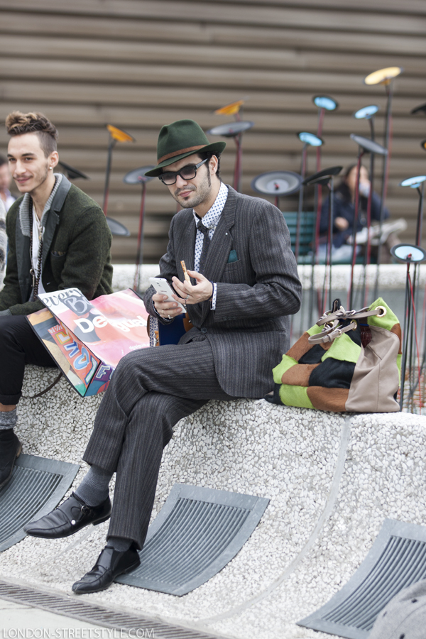 Pitti Imagine Uomo, Pitti Imagine Uomo 2013, Pitti Imagine Uomo 85, Italy, Florence, Firenze, Fortezza da Basso , fashion, street style,fashion photography, fashionable, fashionista, street fashion, men's fashion, mensfashion, menswear, style, stylish men, hat, men's hat, mens hat, green hat, men's green hat, mens green hat, beautiful hat, men's beautiful hat, mens beautiful hat, shirt, men's shirt, mens shirt, dotted shirt, dotted men's shirt, dotted mens shirt, sunglasses, men's sunglasses, mens sunglasses, wayfarer sunglasses, men's wayfarer sunglasses, mens wayfarer sunglasses, black sunglasses, men's black sunglasses, mens black sunglasses, black wayfarer sunglasses, men's black wayfarer sunglasses, mens black wayfarer sunglasses, trousers, men's trousers, mens trousers, grey trousers, men's grey trousers, mens grey trousers, grey trousers, men's grey trousers, mens grey trousers, shoes, men's shoes, mens shoes, black leather shoes, men's black leather shoes, mens black leather shoes, leather shoes, men's leather shoes, mens leather shoes, men's black shoes, mens black shoes, tie, men's tie, mens tie, grey tie, men's grey tie, mens grey tie, suit, men's suit, mens suit, grey suit, men's grey suit, mens grey suit, blazer, men's blazer, mens blazer, grey blazer, men's grey blazer, mens grey blazer, single breasted blazer, men's single breasted blazer, mens single breasted blazer, grey single breasted blazer, men's grey single breasted blazer, mens grey single breasted blazer, handkerchief, men's handkerchief, green handkerchief, men's green handkerchief, mens green handkerchief, socks, men's socks, mens socks, grey socks, men's grey socks, mens grey socks, silviu doroftei