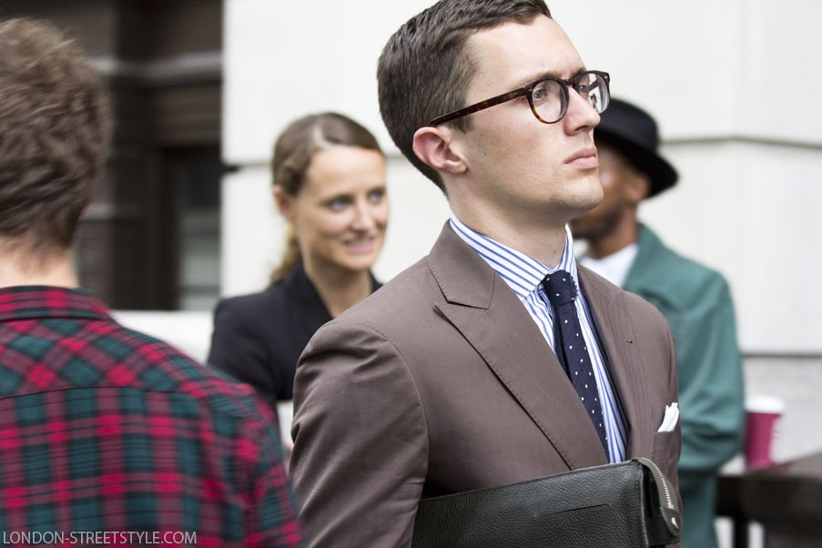 London Collections Men Spring Summer 2015, Spring Sumer 2015, London Collections Men, LCM, LCM SS15, fashion, street style,london streetstyle,fashion photography, fashionable, fashionista, street fashion, men's fashion, mensfashion, menswear, style, stylish men, elegance, class, handsome man, silviu doroftei, London-streetstyle.com, blazer, men's blazer, mens blazer, brown blazer, brown men's blazer, brown mens blazer, shirt, men's shirt, mens shirt, tie, men's tie, mens tie, navy tie