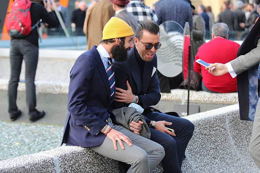 mid-length half, men's fashion, men's fashion week, Pitti Uomo, Pitti Uomo 2016, Pitti Uomo 89, po, fashion, street style, Italian streetstyle, pitti uomo streetstyle, pitti uomo 89 streetstyle, fashionista, street fashion, menswear, sunglasses, suit, men's suit, hat, men's hat, coat, men's coat, gentlemen, stylish duo, trousers, men's trousers