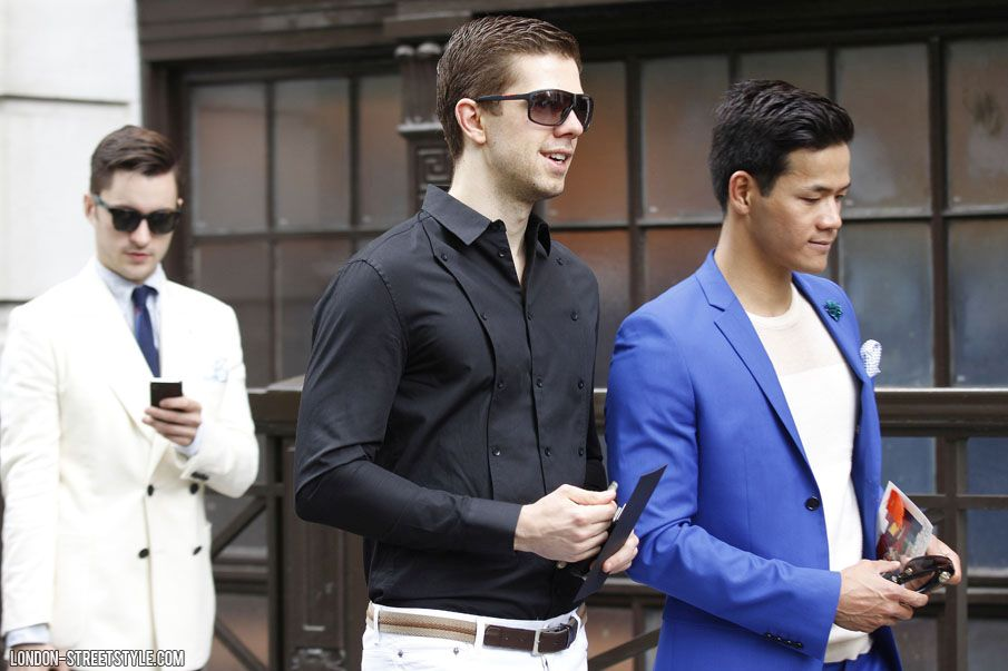 mid-length half, men's fashion, LCM, SS15 , London Collection Men, London Collection Men 2015, London Collections: Men Spring Summer 2015, fashion, street style,london streetstyle,fashion photography, fashionable, fashionista, street fashion, men's fashion, mensfashion, menswear, style, navy suit, white shirt, black shirt, sunglasses, men sunglasses, belt, brown belt, silviu doroftei, london-streetstyle.com